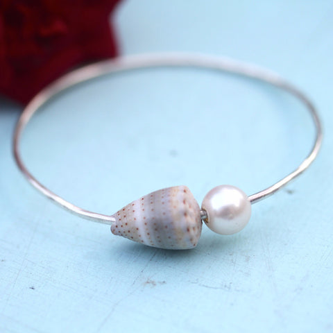 Pearly Shells Keiki Bangle (Purple Spotted Cone Shell)