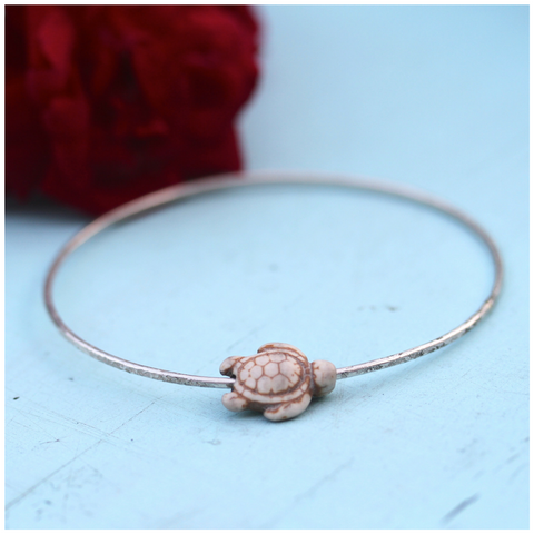 Beachy Bangle with Honu