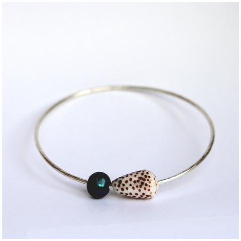 Pearly Shells Bangle (Brown Spotted Cone Shell, Tahitian Pearl)