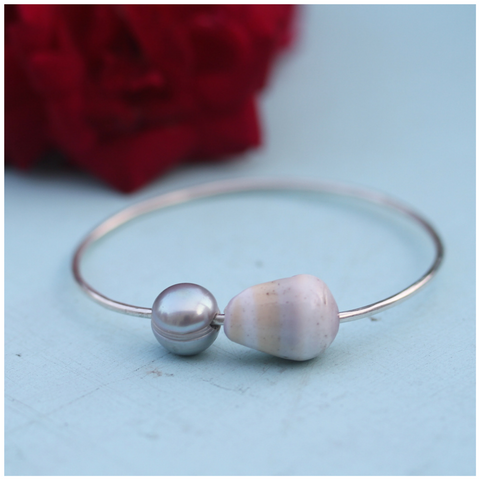Pearly Shells Keiki Bangle (Purple and Yellow Band Cone Shell)