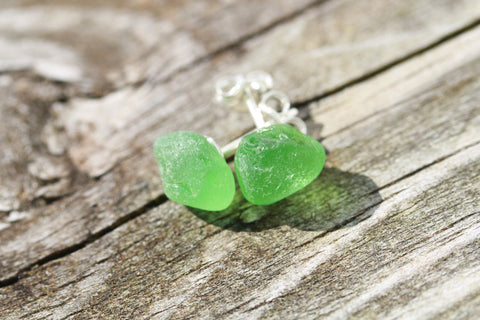 Hawaiian Sea Glass Studs sterling silver (green)