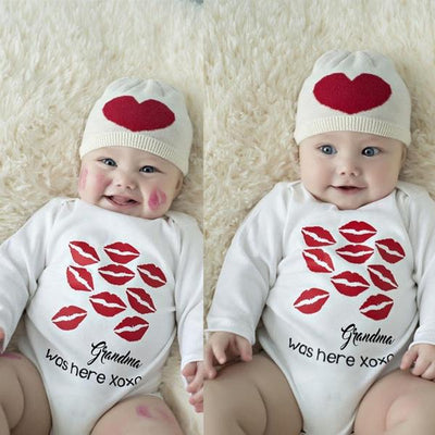 """Grandma was here""Lip Printed Long Sleeve Baby Romper"