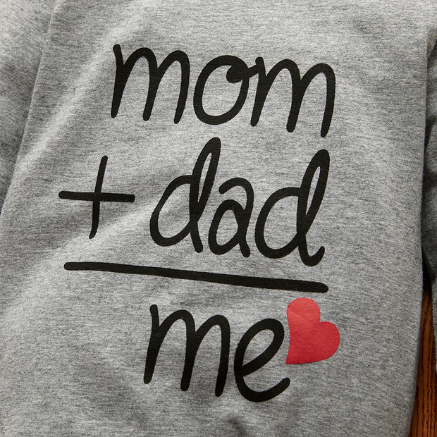"""mom dad me"" Lovely Letters Solid Printed Long-sleeve Baby Jumpsuit"