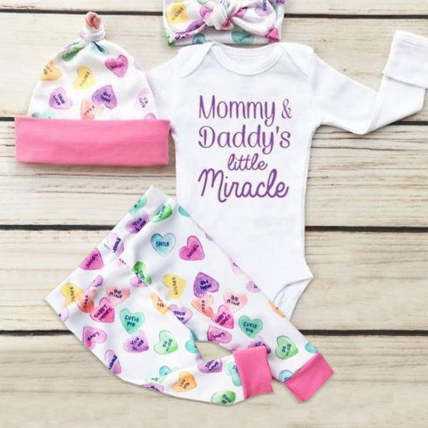 "4PCS Baby Girl ""Mommy and Daddy's Little Miracle"" Letter Printed Romper With Heart-shaped Printed Pants Baby Set"