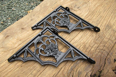"6 3/4"" Antique Ornate High Level Cast Iron Toilet Cistern Brackets - Gargoyle"