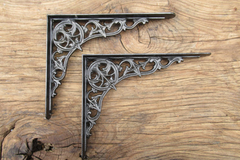 "8 1/4"" Antique Ornate High Level Cast Iron Toilet Cistern Brackets - Vines"