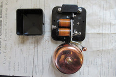 Small Vintage Bakelite & Copper Electric Doorbell - 110 - 240 volts