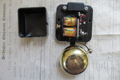 Small Vintage Bakelite & Brass Electric Doorbell - 110 - 240 volts