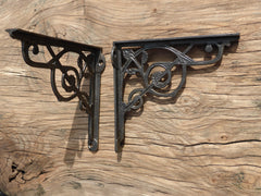 "8"" Antique High Level Cast Iron Toilet Cistern Brackets - Ornate Leaf"