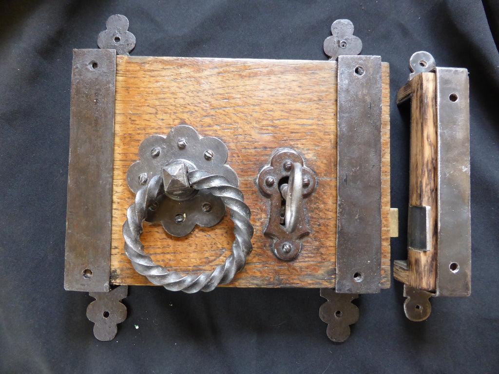 "Gibbons Restored Wooden & Cast iron Church / Castle Rim Lock, Key, Keep & Straps - 9"" x 6 1/2"""