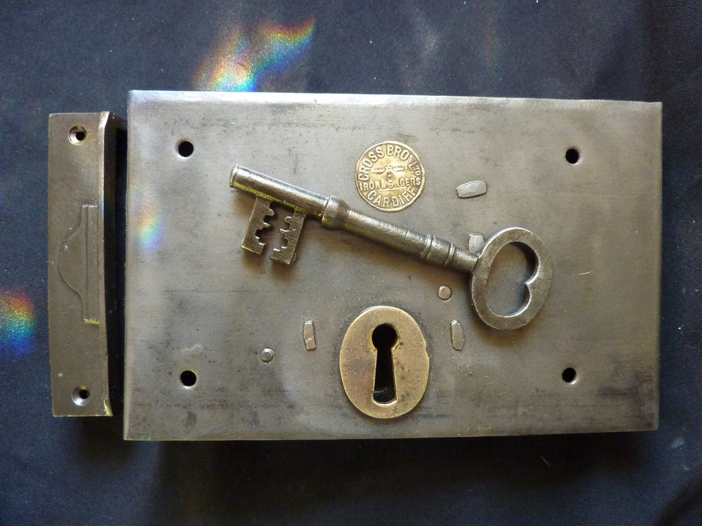 "8"" x 5"" Gothic Cast Iron Door Rim Deadlock, Key & Keep - Cardiff made"
