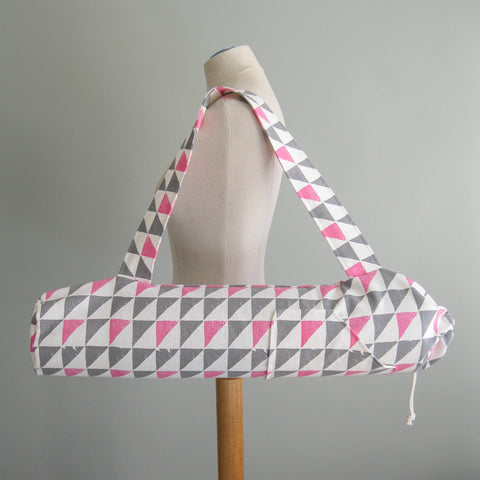 Yoga Mat Bag - Grey & Pink Geometric