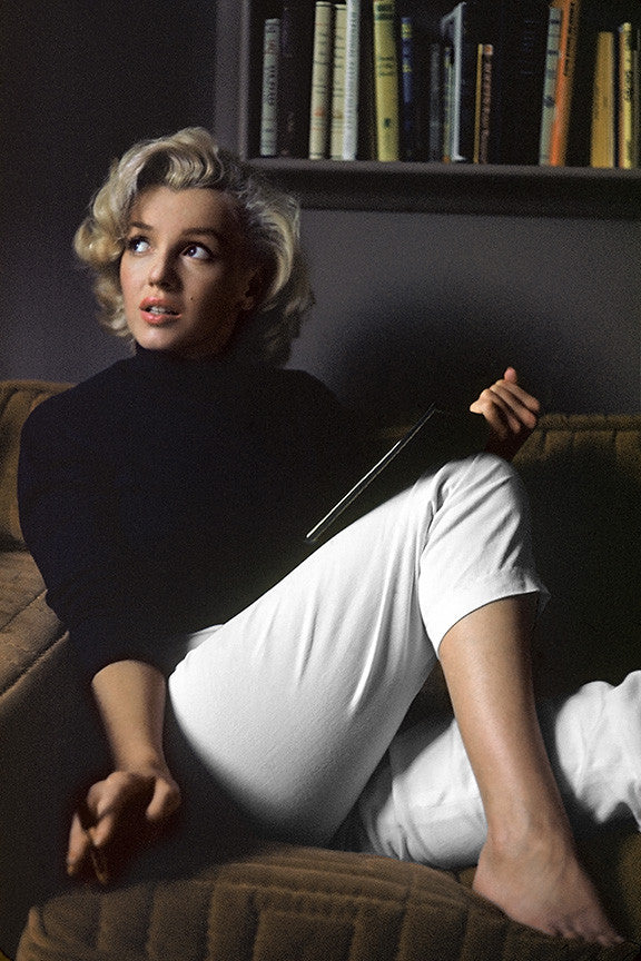 Marilyn Monroe at Home, Resting