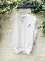 Load image into Gallery viewer, Vintage Sergio Tacchini Sweater Vest Size S