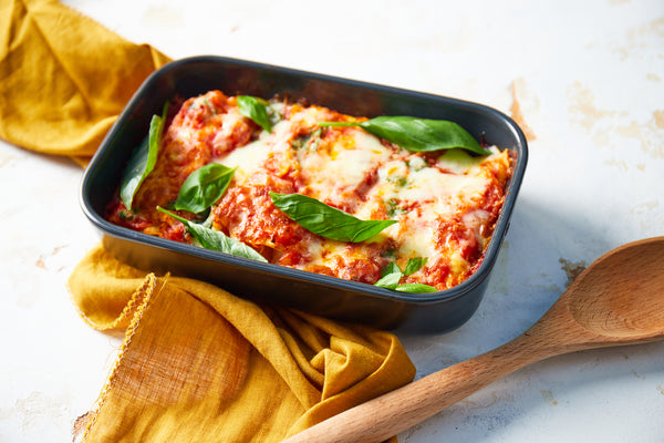 Ricotta & spinach cannelloni in red sauce