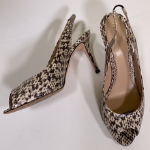 Load image into Gallery viewer, Fendi ladies shoes size 7.5/8UK