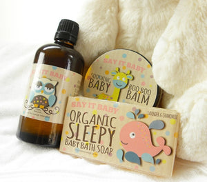 This lovely unisex basket has everything needed to make baby bath time a pleasure! With special natural bath time products including Lavender & Chamomile Soap Bar and Deep Sleep Baby Bath & Massage oil, baby will be soothed and cleansed. This basket also contains a special 100% natural Boo Boo Balm, a soft hooded bath towel and a gorgeous fluffy bunny. A special gift for baby and new mum to enjoy together.