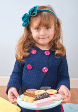 Load image into Gallery viewer, Le Toy Van Biscuit set - 9 biscuits complete with a plate to serve