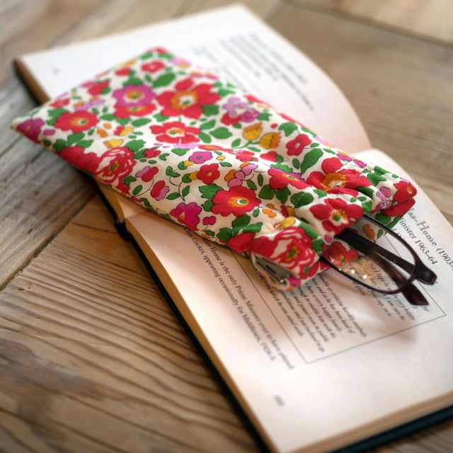 Betsy Glasses Case (Red)