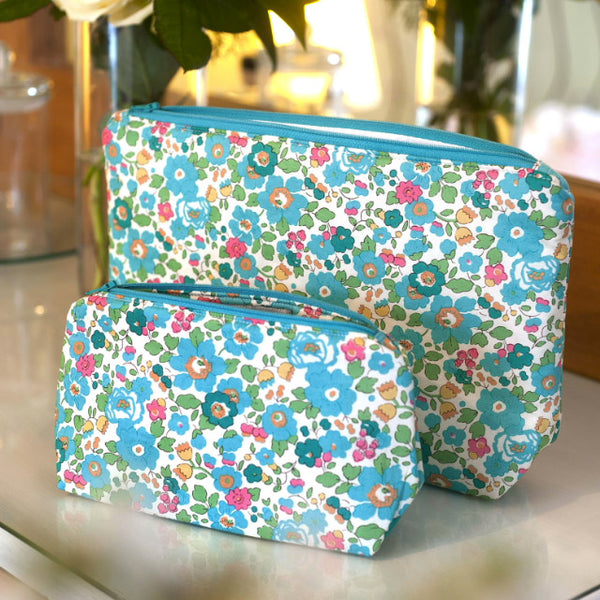 Liberty Print Fabric Betsy Wash Bag