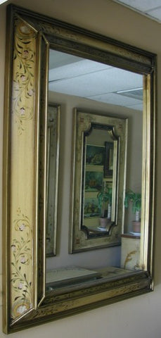 Handpainted mirror and Olinda Romani's Florentino design made in Peru