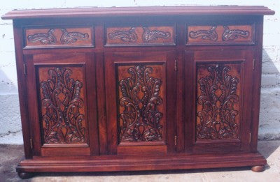 Buffet, hand carved in Isabellina design