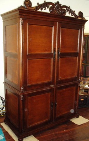 Armoire Italiano, Old World Tuscan Leather Panel Armoire
