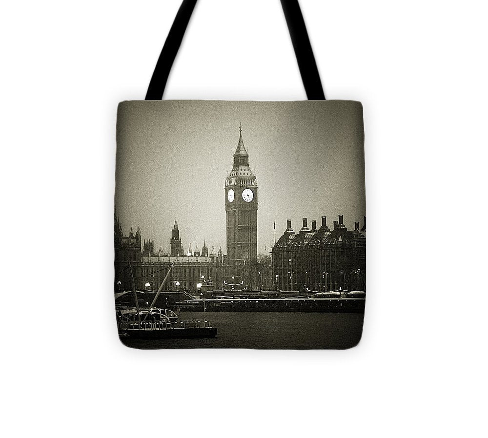 Big Ben on a wintery day - Tote Bag