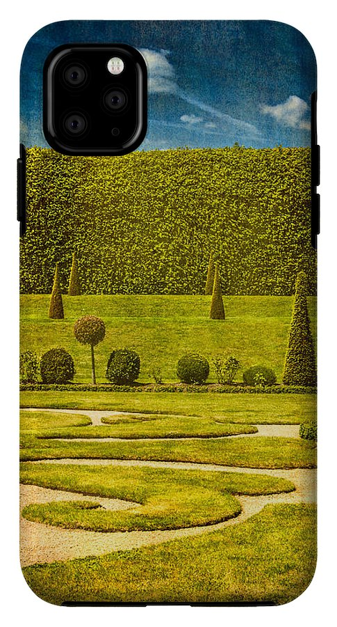 Hampton Court 'The Privy Garden - Phone Case
