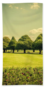 Load image into Gallery viewer, Hampton Court Palace Gardens Summer Colours - Beach Towel