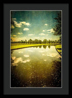Load image into Gallery viewer, Hampton Court The Great Fountain Garden Curved Canal - Framed Print