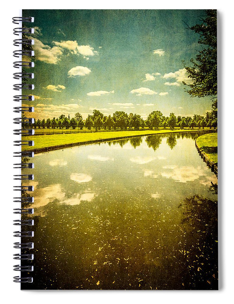 Hampton Court The Great Fountain Garden Curved Canal - Spiral Notebook