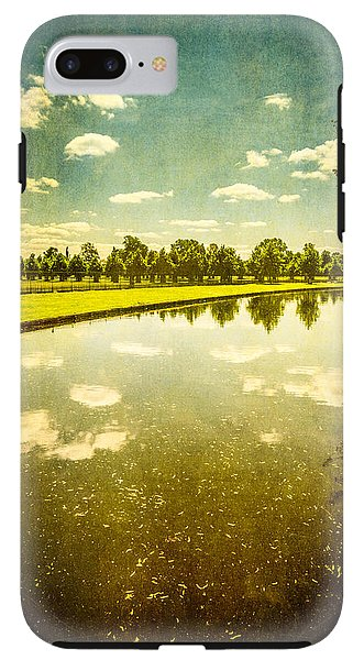 Hampton Court The Great Fountain Garden Curved Canal - Phone Case