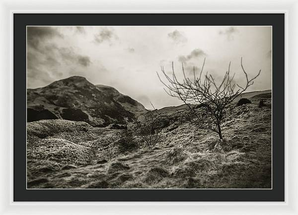 Land of Scotland shif tlens effect - Framed Print