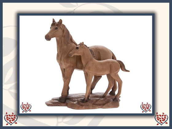 MARE & FOAL WOODEN FIGURE | Wooden Home Accessories