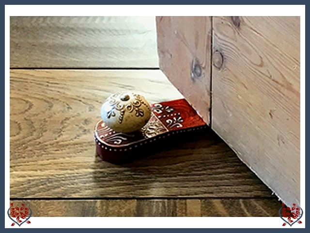 MEHNDI STYLE DOORSTOP | Wooden Home Accessories - Paul Martyn Interiors