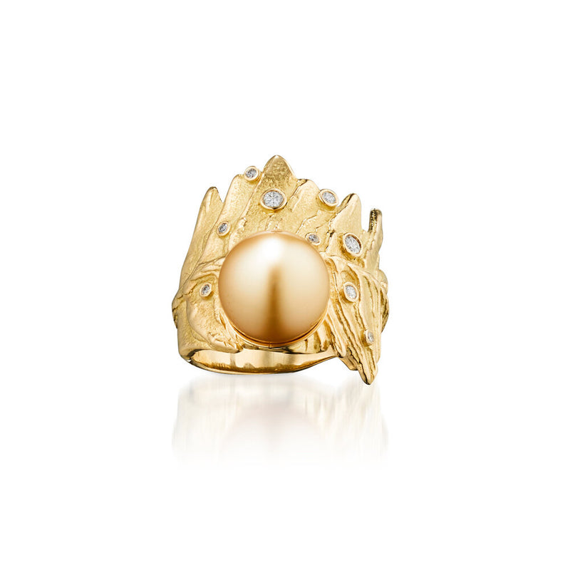 Sofie Golden Pearl Ring