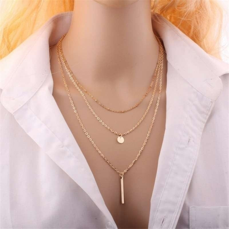1 Pcs Multi-Layered Metal Sequin Spike Pendant Clavicle Necklace Fashion Jewelry for Women