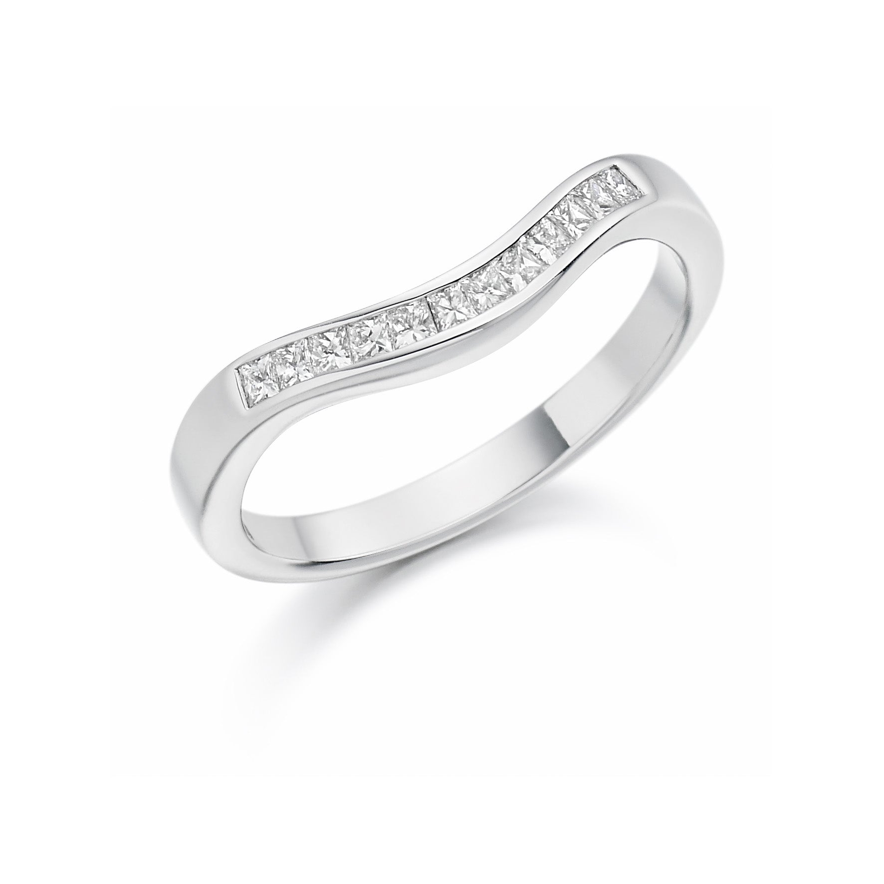 18ct White Gold 0.25ct Princess Cut Diamonds Curved Band Vintage Wedding Ring