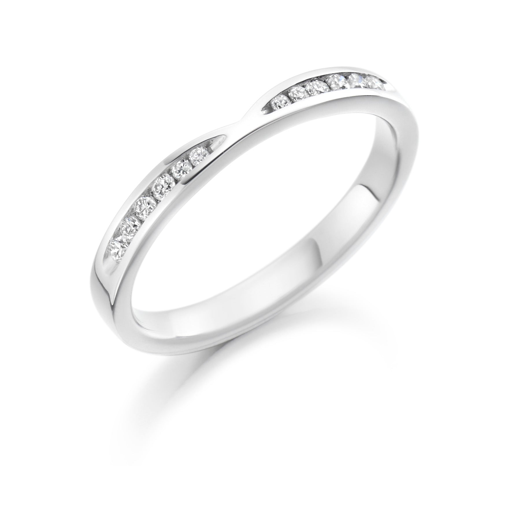 18ct White Gold 0.18ct Round Brilliant Cut Diamond Curved Vintage Wedding Ring