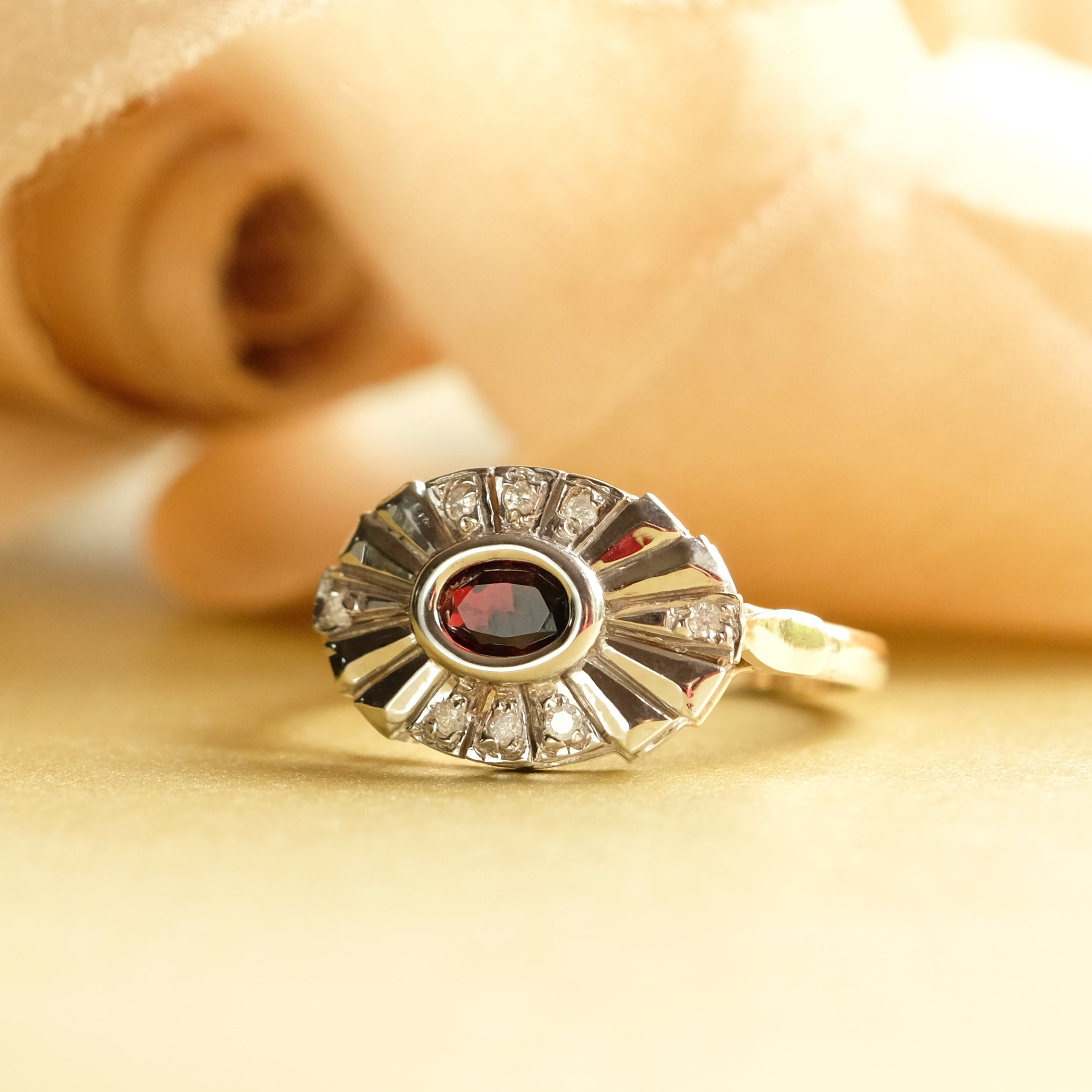 9ct Gold Oval Garnet & Diamond Ring