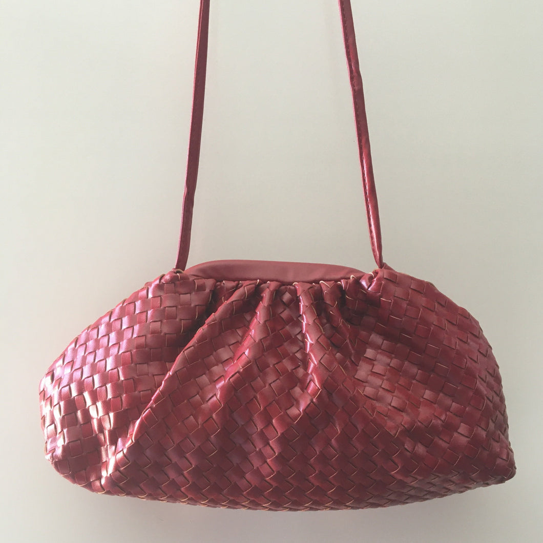 RED WEAVE BAG