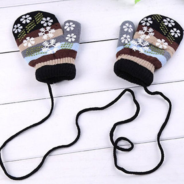 Snowy Winter Gloves
