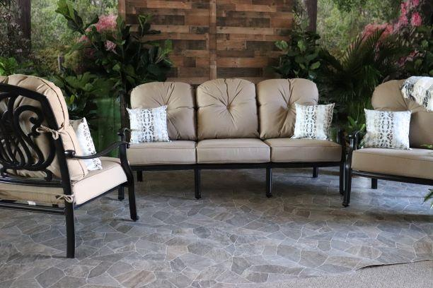 LYNNWOOD 3 PIECE SEATING SET - Sofa and 2 Club Chairs
