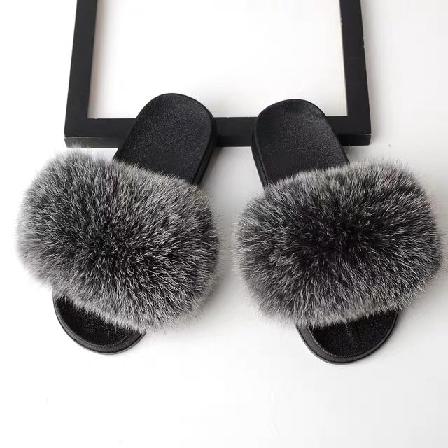 """GRACIE FROST"" Foxy Furry Slippers  (6-11)"