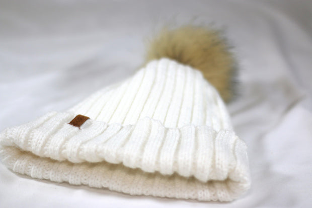 The Knit Pom in White - COSI & co.