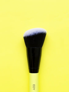 Angled Large Contour Face Brush 03
