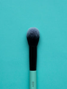 Small Tapered Blush Brush 08