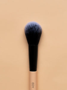 Small Domed Blush Brush 09