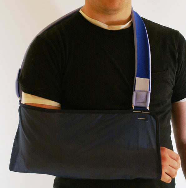 LIGHTWEIGHT ARM SLING WITH ADJUSTABLE COMFORT STRAP   33-609